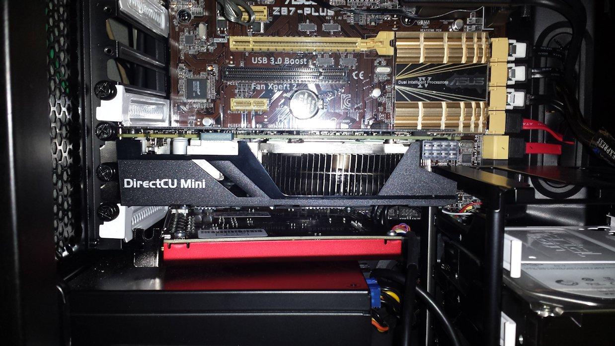 ASUS GTX970-DCMOC-4GD5 と R5
