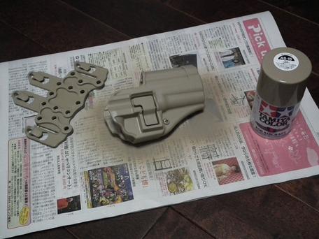 タミヤカラー「タン」色で塗装