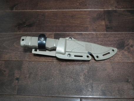 SOG M37 SEAL PUPナイフ ダミー1