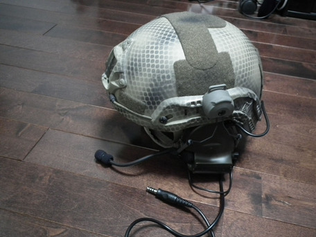 MICH2001にComtac II ヘッドセット取り付け1