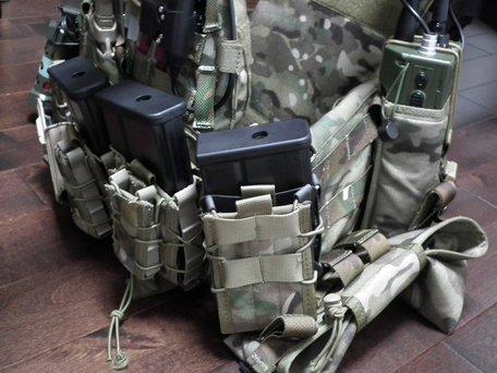HK417マガジンとTACOマガジンポーチ2