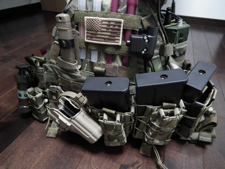 HK417マガジンとTACOマガジンポーチ3