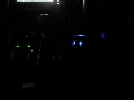 真っ暗でのLED点灯