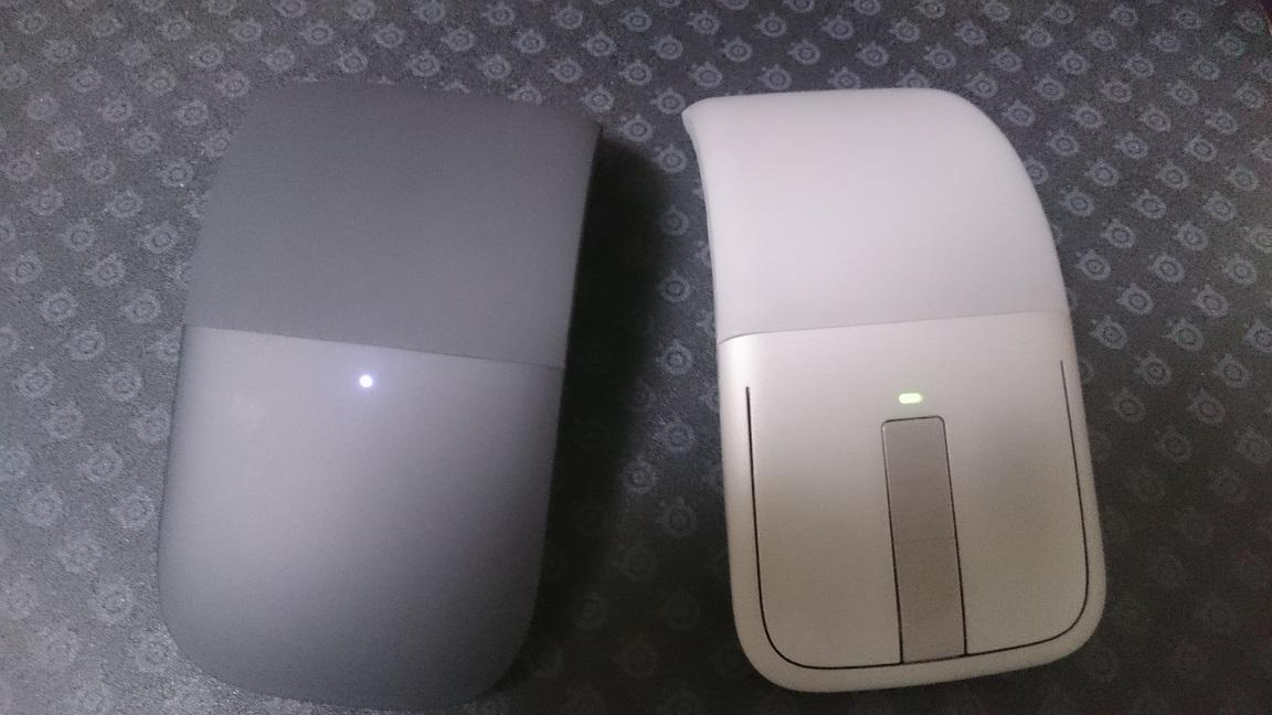 Microsoft Arc Mouse (ブラック) 比較2